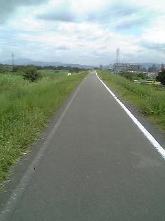 久しぶりのサイクリングロード